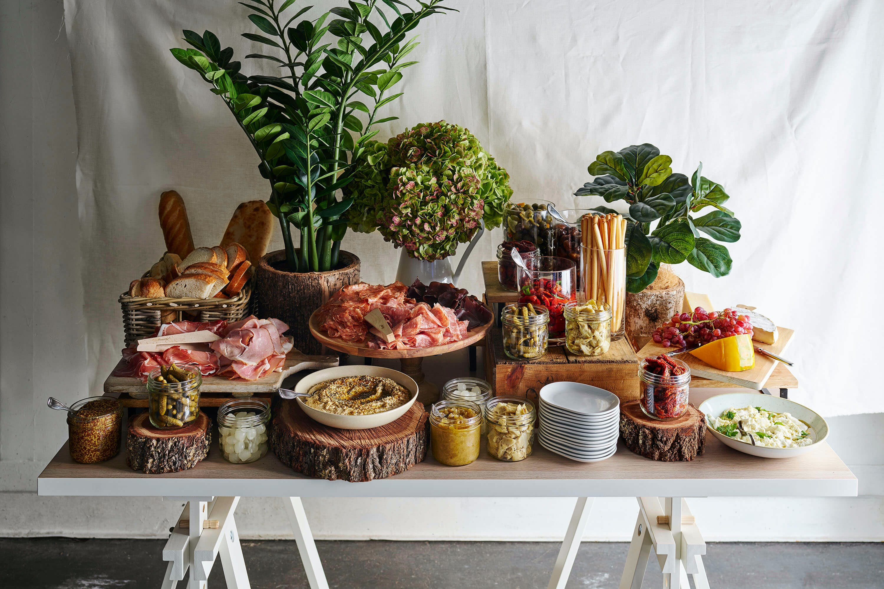 Grazing_Tables_280219_30957