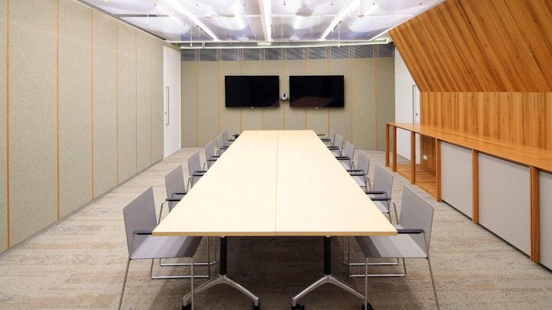 Sydney-Central-Hay-boardroom-meeting