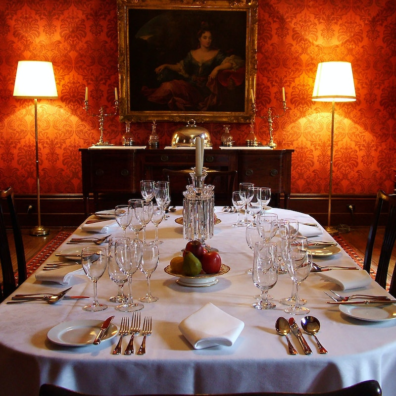 Lindesay-house-main-hero-dining-room-1900x1900